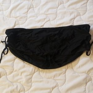 Liz Lange Maternity black swim suit skirt bottom